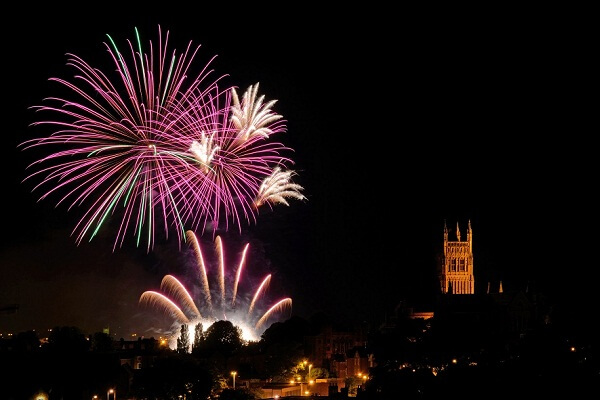 New Years Eve 2020 Events.Worcester New Years Eve 2020 Parties Events Hotel Deals